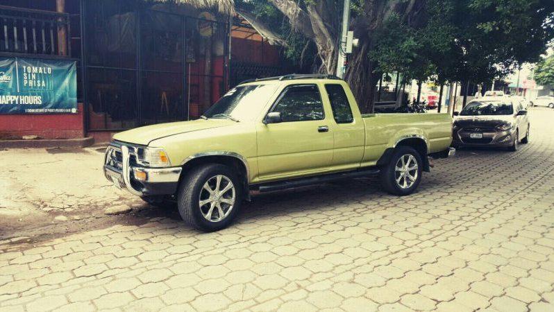 Usados: Toyota Hi-Lux 1993 cabina y media con aire acondicionado full