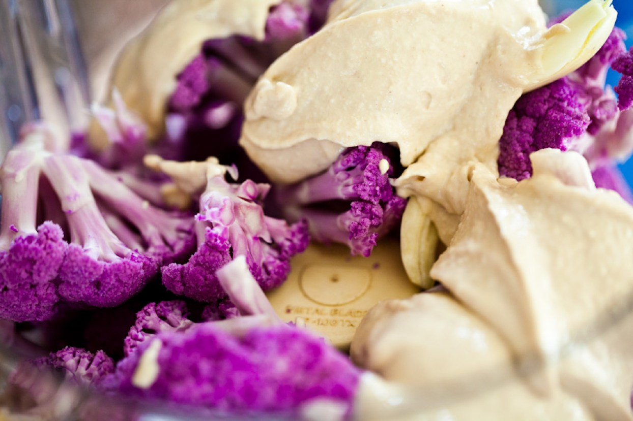 raw cauliflower hummus
