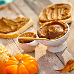 The Best 5 Minute Pumpkin Butter, Naturally Sweetened