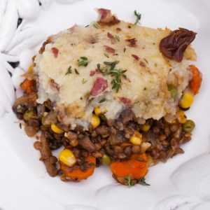 The ULTIMATE vegan comfort food, Portobello Lentil Shepherd's Pie with a rich red wine gravy | Easy vegan dinner recipe | Holiday dinner party recipe