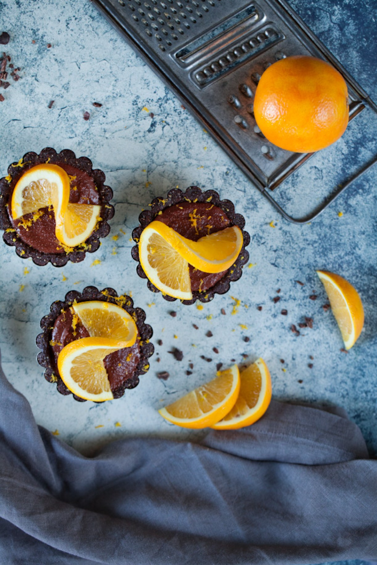 Raw Vegan Chocolate Orange Tarts   A healthy, easy dessert recipe perfect for holiday parties   gluten-free and oil-free   can be made nut-free as well