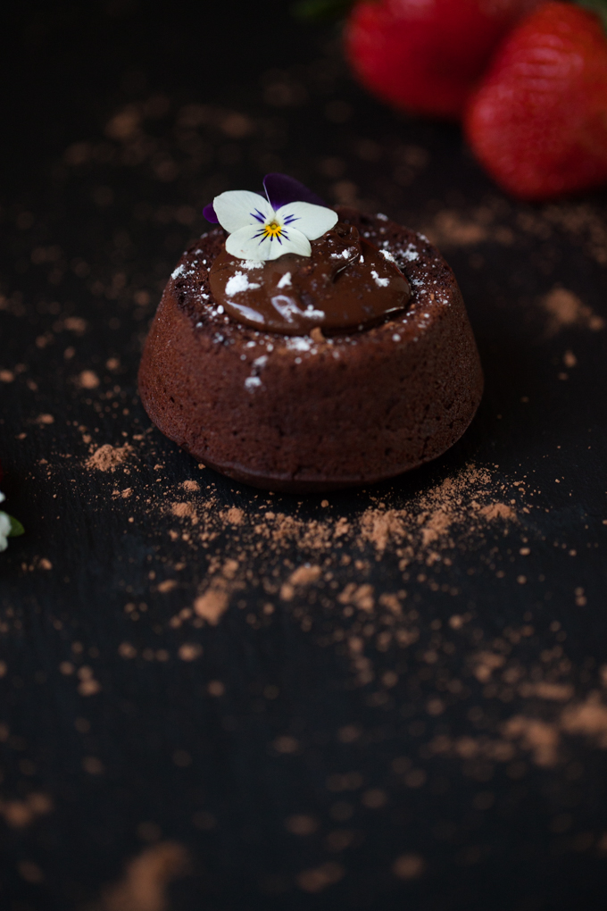 LUSCIOUS Vegan Chocolate Lava Cake | Melty delicious chocolate oozing out of a moist gluten-free cake | Ready in 25 minutes | The perfect quick dessert recipe for impressing guests |