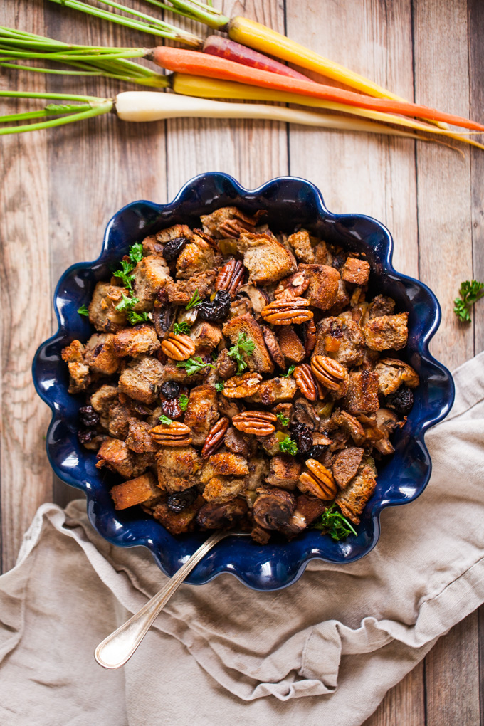 AMAZING Vegan Stuffing with Sausage + Mushrooms | Traditional Dressing Recipe with toasted pecans and dried cherries. Simple ingredients + SO flavorful | Vegan Thanksgiving