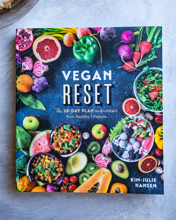 Vegan Reset | Carrots & Flowers Vegan Holiday Gift Guide 2018