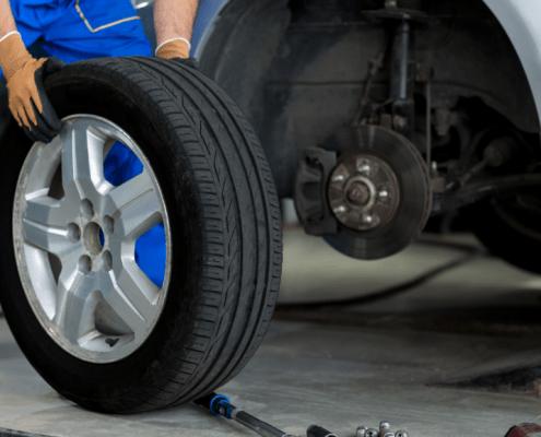 carrozzeria multiservizi. Da oggi è disponibile il servizio di sostituzione e riparazione pneumatici