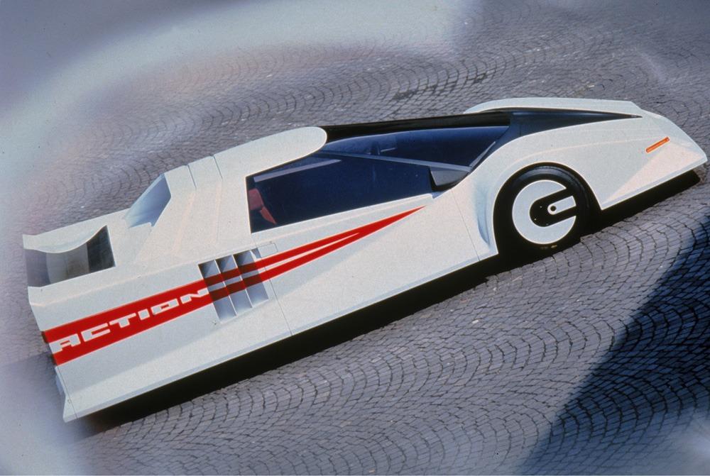 1978-Ghia-Action-01