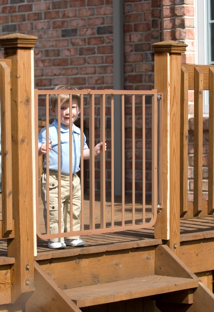 Stairway Special Outdoor Gate Cardinal Pet Gate SS 30OD BR