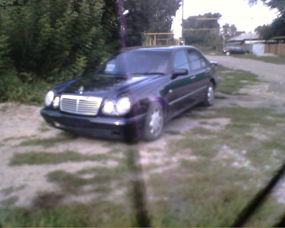 medium resolution of 1997 mercedes benz e class pictures 2900cc diesel fr or rr automatic for sale