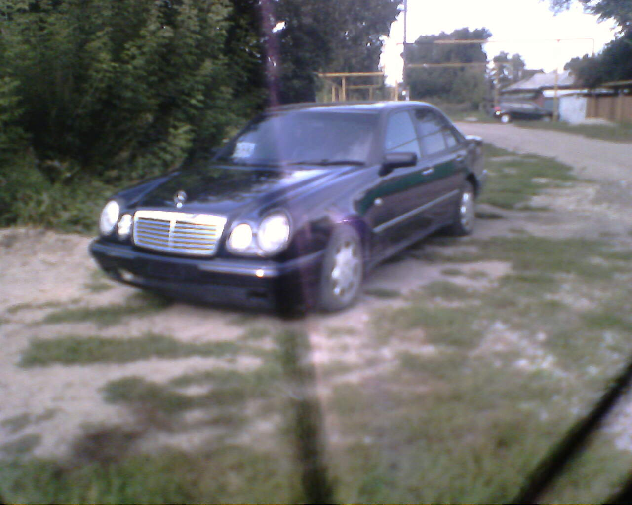 hight resolution of 1997 mercedes benz e class pictures 2900cc diesel fr or rr automatic for sale