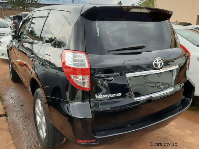 Used Toyota Vanguard | 2007 Vanguard for sale | Kampala Toyota Vanguard sales | Toyota Vanguard Price USh 47.5m | Used cars
