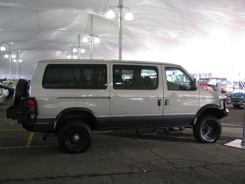 small resolution of view photo of custom offroad 4x4 2005 ford e 350 van
