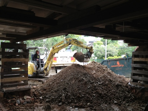Brisbane earthmoving contractors