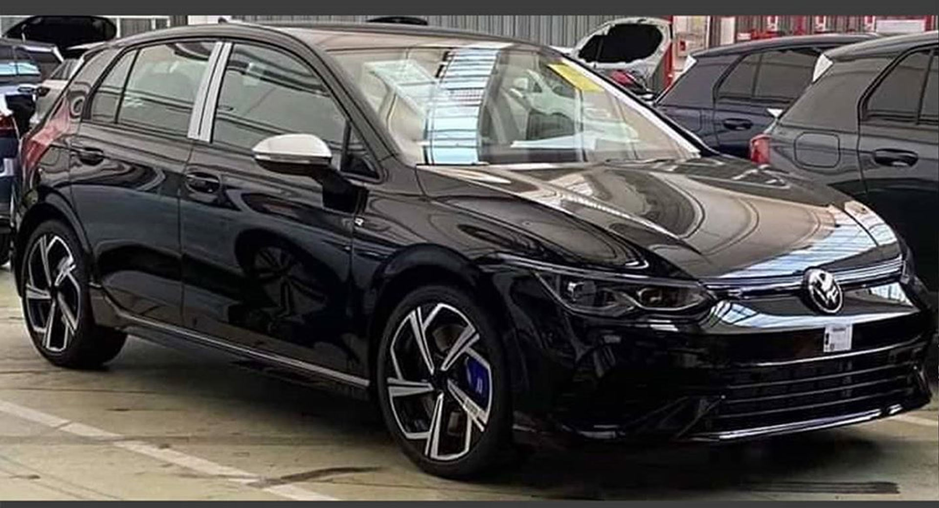2021 VW Golf R Caught Undisguised, Hot Hatch Could Have Around 328 HP | Carscoops