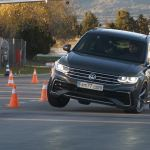 2021 Vw Tiguan Passes The Moose Test But There S More To It Carscoops