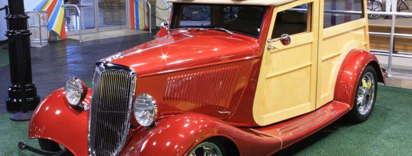 1934 Ford Custom Woody Wagon
