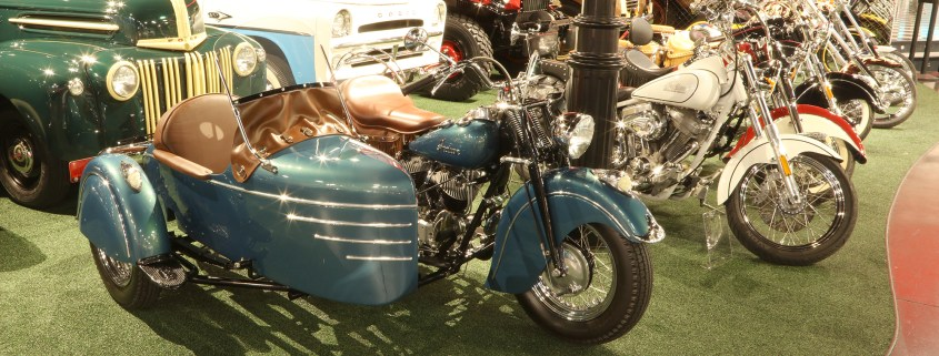 1947 INDIAN CHIEF MOTORCYCLE WITH SIDECAR