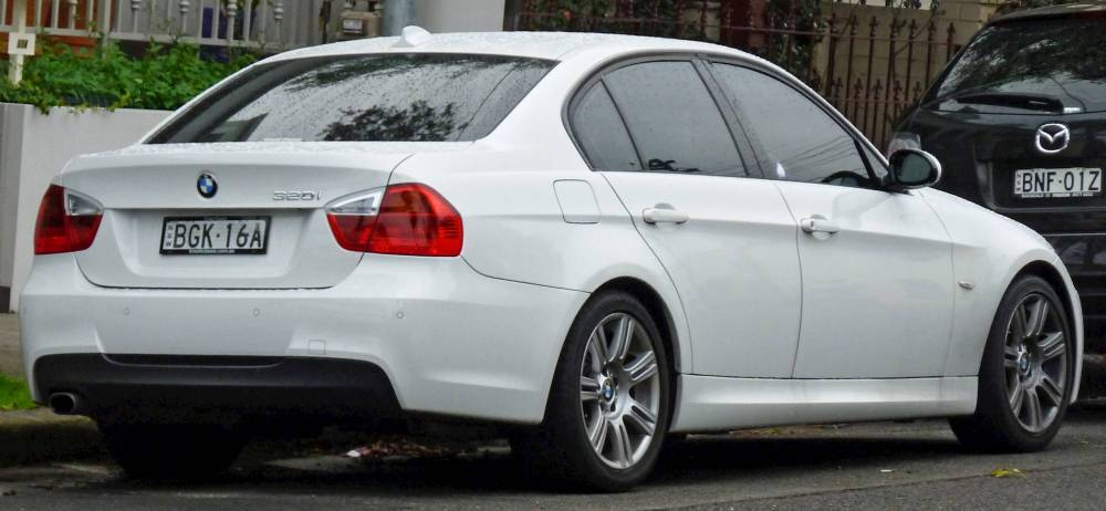 medium resolution of bmw 320i 2011