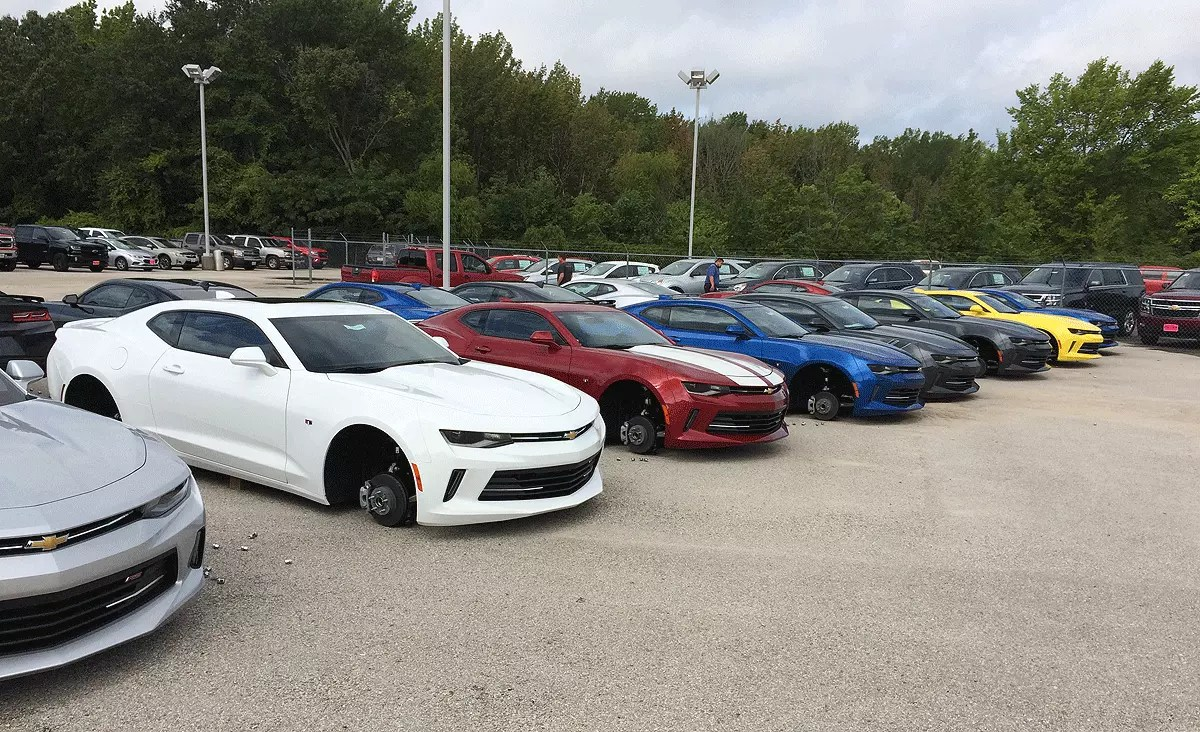 Wheels Of 48 Vehicles Stolen From Chevy Dealerships In