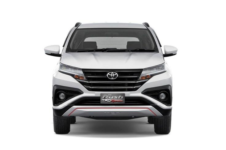 2018-Toyota-Rush-front