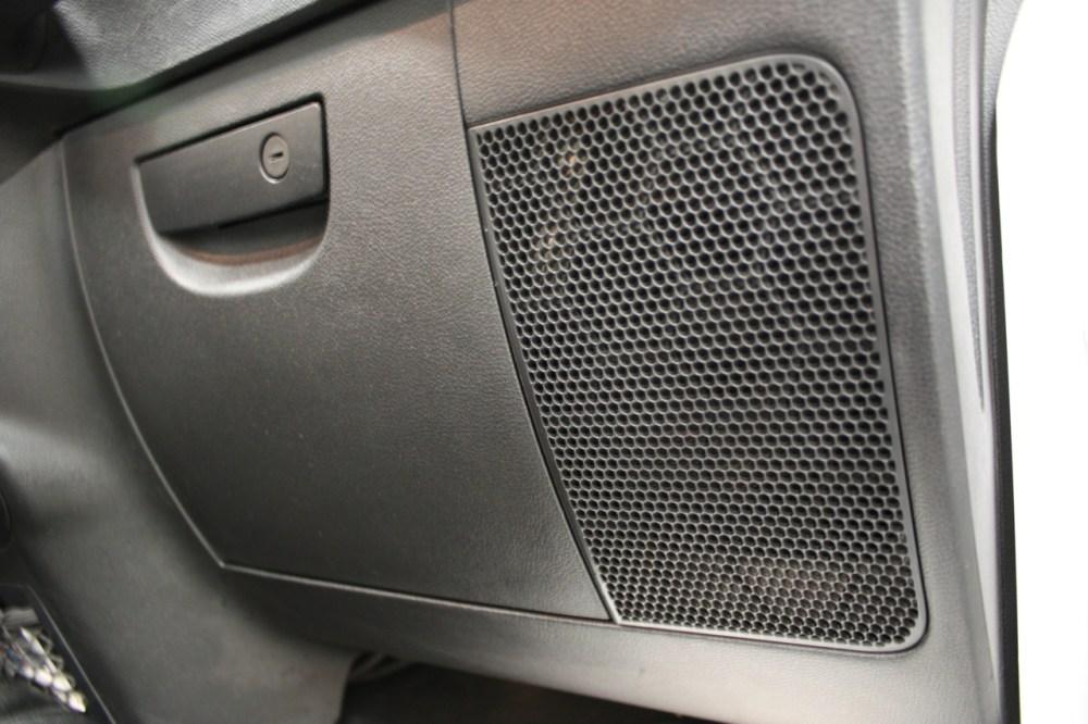 medium resolution of jeep front speakers