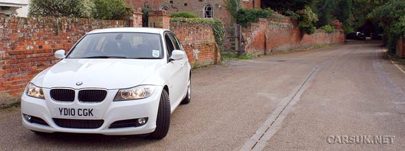 BMW 320d EfficientDynamics Review & Road Test (2010)