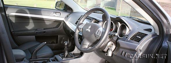 Mitsubishi Lancer 2.2 DI-D Juro Interior