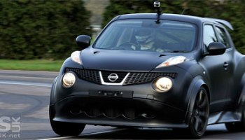 nissan juke-r silverstone test (video)