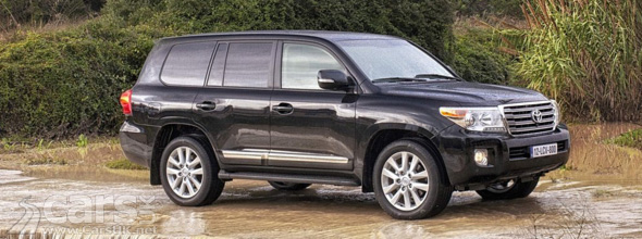 2012 Toyota Land Cruiser V8 Price