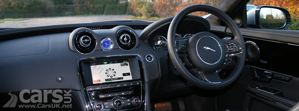 Photo of the interior of the 2013 Jaguar XJ