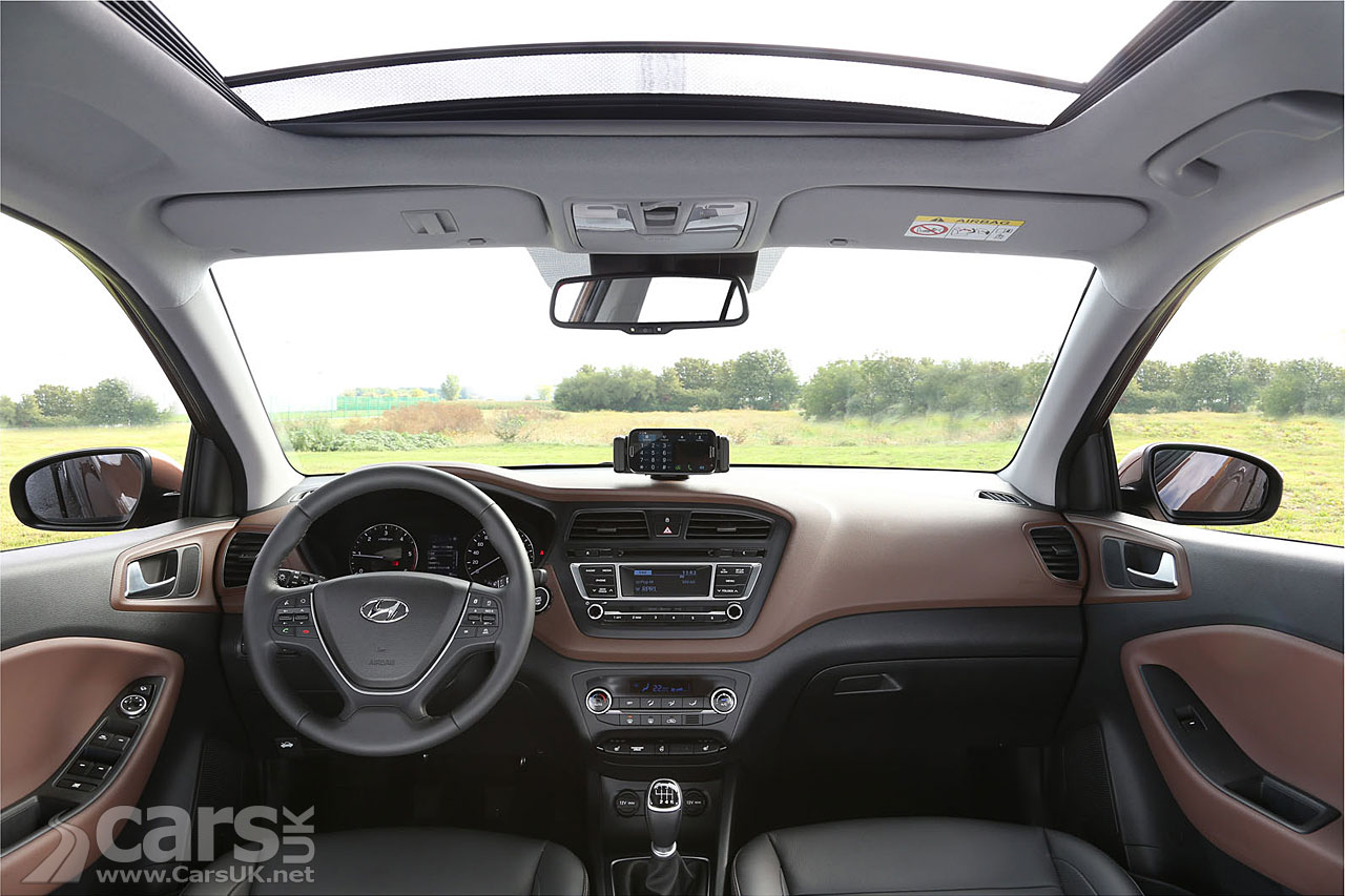2015 Hyundai I20 INTERIOR Revealed