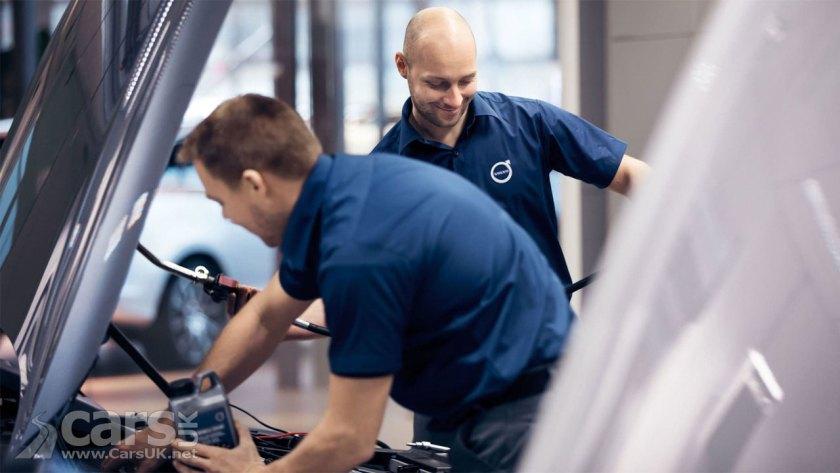 Photo Volvo UK Technicians