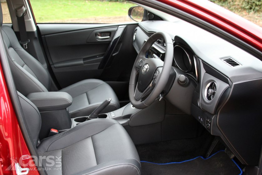 Photo Toyota Auris Excel Touring Sports Interior