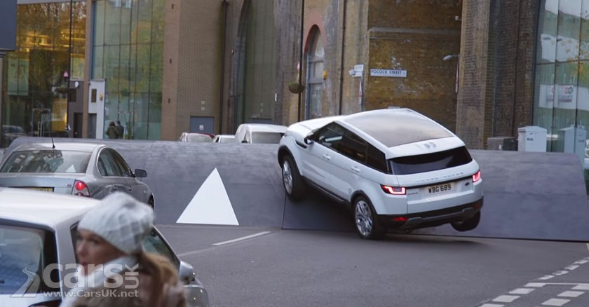 Range Rover Evoque is KING of the extreme Urban Landscape (video ...