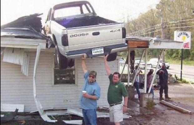 21 strangest car accidents