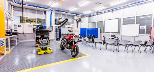 Ducati Training Center 11 LR