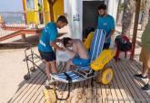 Punto de baño asistido en la playa de San Ginés - La Azohía