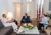 Visita del Almirante de Acción Marítima, Juan Luis Sobrino Pérez Crespo, al Palacio Consistorial