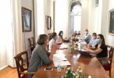 Reunión con las responsables de Salud para tratar sobre la apertura de los consultorios