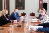 Reunión del Gobierno municipal con Hostecar, COEC y Cámara de Comercio