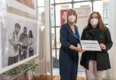 Entrega de premios del concurso de fotografía de solidaridad intergeneracional