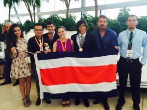Delegación de Costa Rica en la Olimpiada Mundial de Química en Azerbaiyán. Foto: Facebook Reyner Vargas.