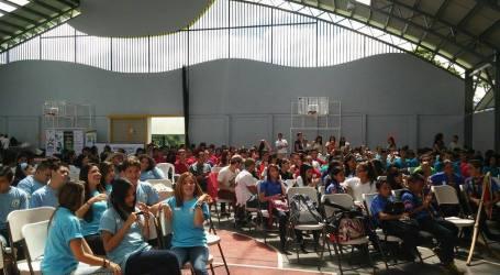 350 jóvenes líderes de la provincia se dieron cita en el Polideportivo
