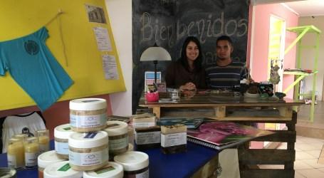 Nueva tienda ofrece productos de artesanos cartagineses