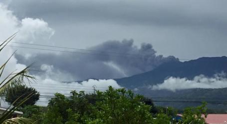 Comisión Nacional de Emergencias establece anillo de seguridad de 5 Km en el Turrialba