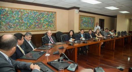 Gobierno se compromete a agilizar el tránsito desde Cartago a San José