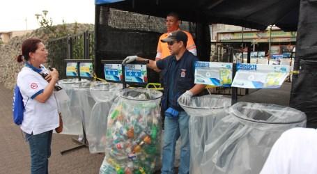Ministerio de Salud recibe Galardón Bandera Azul Ecológica