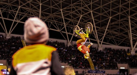 Kenneth Tencio anuncia apertura de parque de BMX