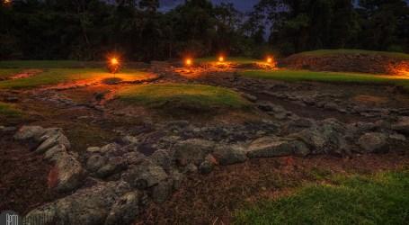 Recorra el Monumento Nacional Guayabo de noche