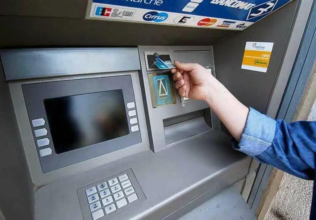 Ricaricare Postepay Con Bancomat Si Può Fare Si Ecco Come