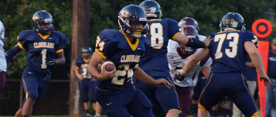 Cloudland runs past Happy Valley